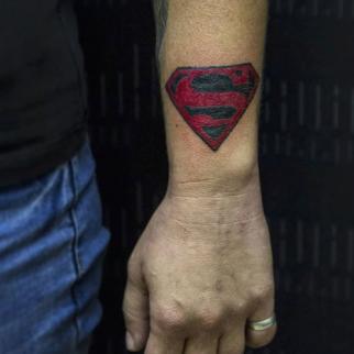 Фото мини тату Супермен